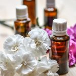 essential-oils-1433693_1920